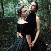 Наташа и Оля :: Катерина Переладова