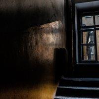 Окно во двор :: Vasiliy Scherbinin