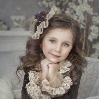 Куколка из детства :: Анна Локост