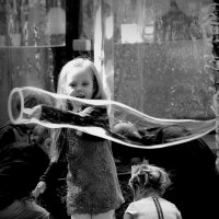 .. и мыльный пузырь... :: Влада Ветрова