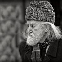 *** :: Юрий Гординский