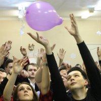 Дотронуться рукой до детства... :: lady-viola2014 -