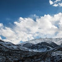 горы любимой Осетии :: Батик Табуев