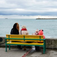 Скамейка с видом на море :: Андрей Майоров