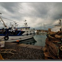 В рыбацком порту Чивитавеккьи. :: Leonid Korenfeld