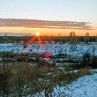 Рассвет в феврале.... :: Юрий Стародубцев