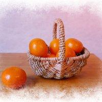 Любимый фрукт уходящей зимы :: Nina Yudicheva