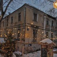 Самый старый жилой дом в Москве :: Ирина Шарапова