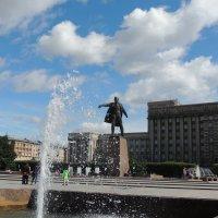 Самый большой памятник большевику в СПб :: Евгения Чередниченко