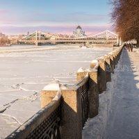 Крымский мост как колыбель для храма :: Юлия Батурина
