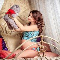 Самый лучший в мире груз - это в пузе карапуз! :: Анастасия Волкова
