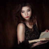 Девушка с книгой :: Илона Панарина