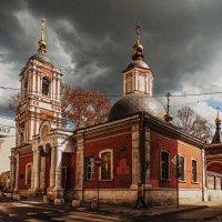 Церковь Николы в Подкопаеве с колокольней :: Надежда Лаптева
