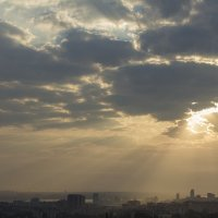 Сквозь облака :: Александр Анохов