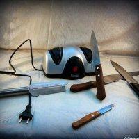 Какие ножи в доме - такой и хозяин)) :: Андрей Заломленков