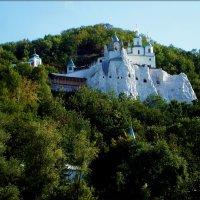 Храм святого Николая на меловой скале :: Татьяна Пальчикова
