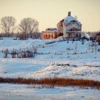 Старая церковь :: Дмитрий Стёпин