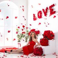 в лепестках роз :: Мария Корнилова