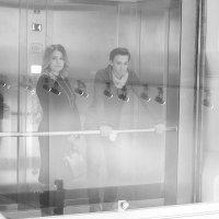 Незнакомка в лифте :: M Marikfoto