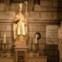 В храме, Монако :: Witalij Loewin