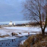 Река Мирожа. (впадает в р.Великую). Псков. :: Fededuard Винтанюк