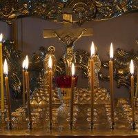 Пока горит свеча... :: Алена Торопов