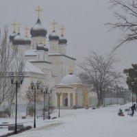 вид на Троицкий собор, территория Астраханского кремля :: Алена Рыжова