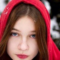 Красная Шапочка :: Nastya Skritskaya