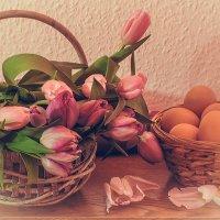 Натюрморт с тюльпанами :: Надежда