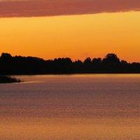 Озеро на закате :: secret-33 Анастасия Е.