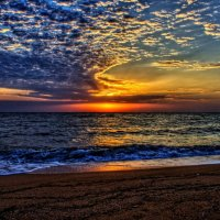 Рассветы Азовского моря...(Крымская сторона) :: владимир