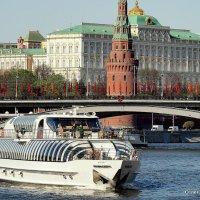 праздничные ритмы города :: Олег Лукьянов