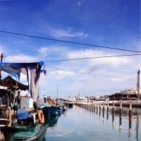 пристань рыбаков Ашкелона :: Ефим Журбин