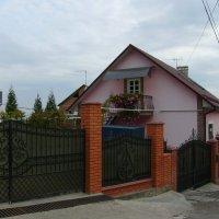 Жилой  дом  в  Черновцах :: Андрей  Васильевич Коляскин