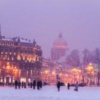 Исаакиевский собор, вид с Дворцовой площади :: Агент Уль