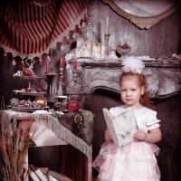 Маленькая принцесса в заброшенном замке :: Любовь Советова