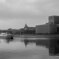 Жизнь в черно-белых тонах :: Вадим Дорофеев