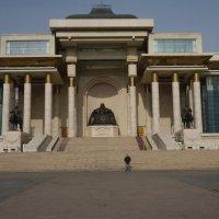 Площадь Чингис Хана :: Константин Огнев