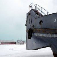 Вот так зимуют корабли, или вовсе не Анапа :: Микто (Mikto) Михаил Носков