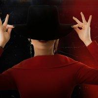 Красное и черное :: Андрей Колмаков