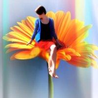 Девушка на цветке :: София Феникс