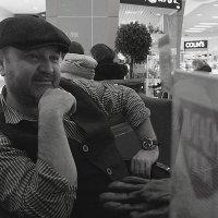 Немного ностальгический портрет :: Елена Мартынова