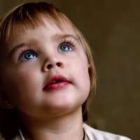Детские глаза - целый мир :: Дарья Дойлидова
