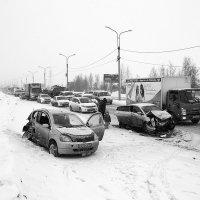 В  Иркутске из-за снегопада и аварий восьмибалльные пробки :: Алексей Белик