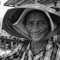 Вьетнамка :: Владимир Леликов