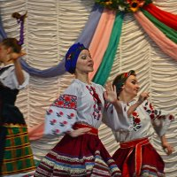 Заводной танец :: Александр Бойко