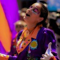 Улыбнись, жизнь - это карнавал! :: Nataly ***