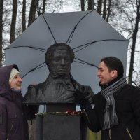 Он же -памятник!!! :: Oxana Krepchuk