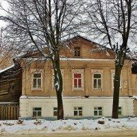 Дом с красным окном... :: Святец Вячеслав