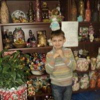 Георгий сшил сам куколку для мамы! :: Ольга Кривых